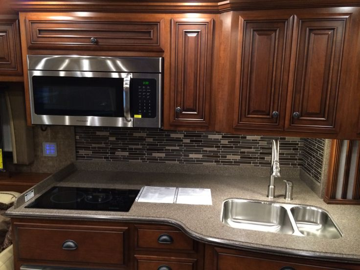 fast food or take out with a kitchen like this newmar dutchstar rv