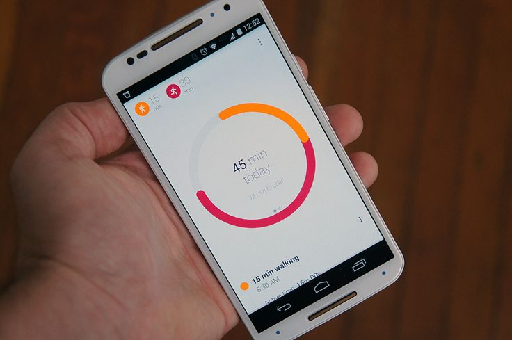 We first heard about Mountain View's activity-tracking plans back at I/O, and now the Android faithful and get their hands on the goods. The Google Fit