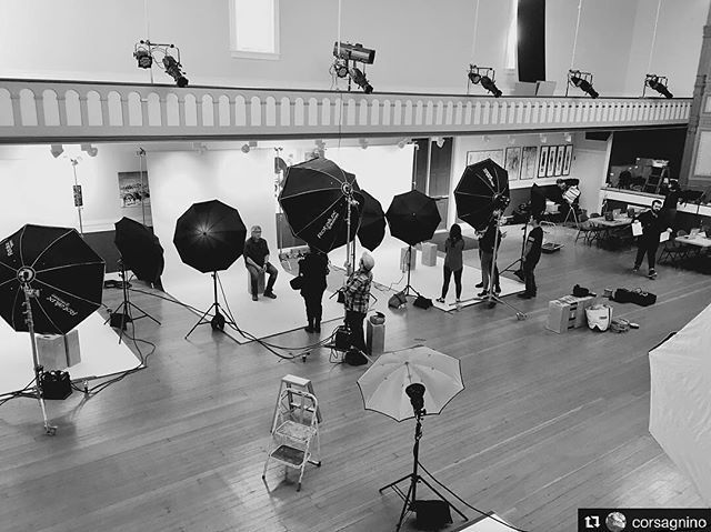 Very nice BTS @corsagnino!! ____________________ Repost @corsagnino 338_366 Five Bays Added by us: #behindthescenes #bts #backstage #photoshoot #setlife #profoto #elinchrom #portraitphotography #famousbtsmagazine #famousbtsmag