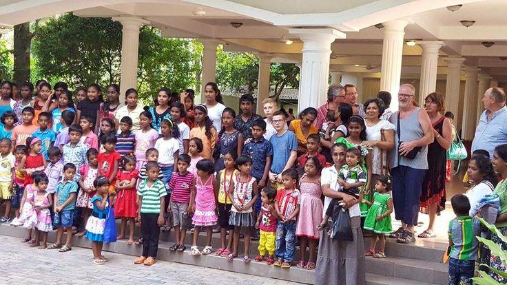 Mercredi 21 décembre : Noël est un moment privilégié de partage et de solidarité, l'occasion pour nous de mettre en lumière l'association « Aide aux enfants pauvres du Sri Lanka » pour laquelle notre attachée de presse Laura s'est engagée. Plus d'info en MP pour ceux qui aimeraient la soutenir ! https://www.facebook.com/aepsl