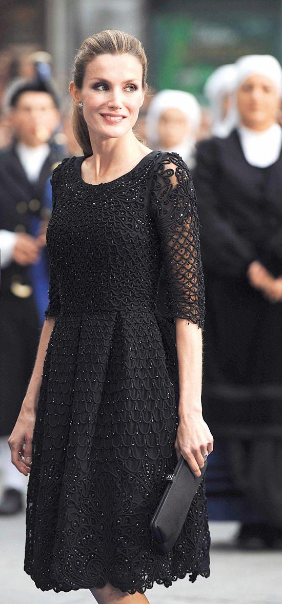 Letizia in black dress in October 2013