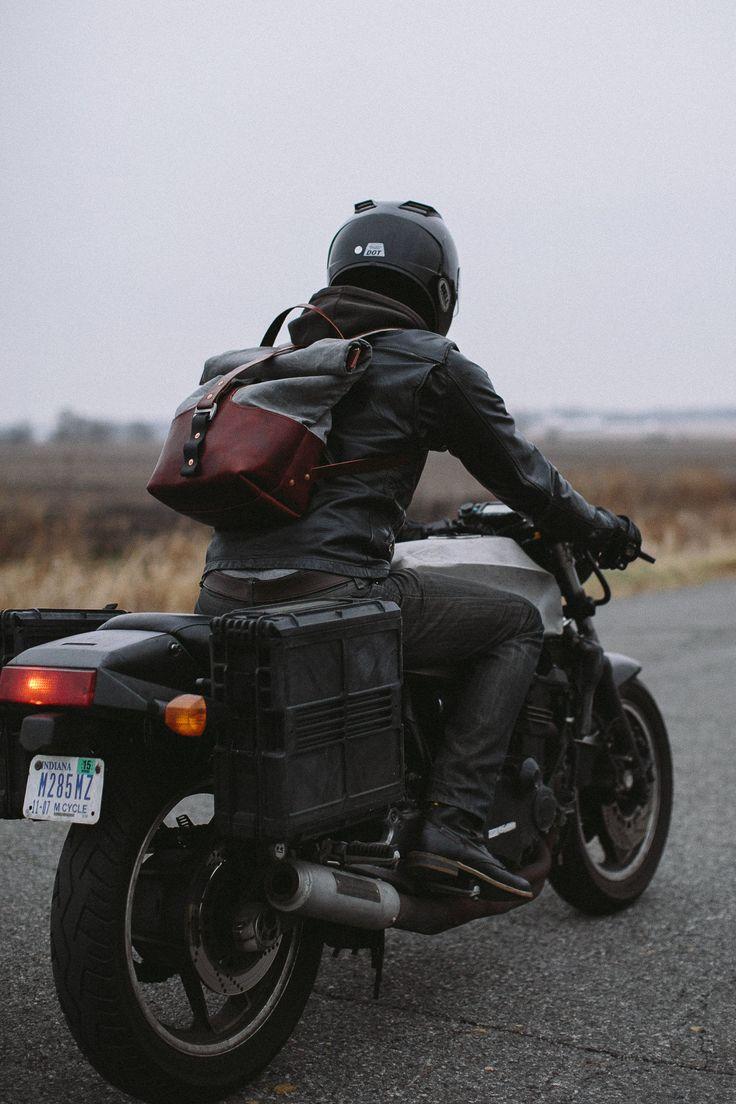 JANUS ARMOURED MOTO-RUCKSACK