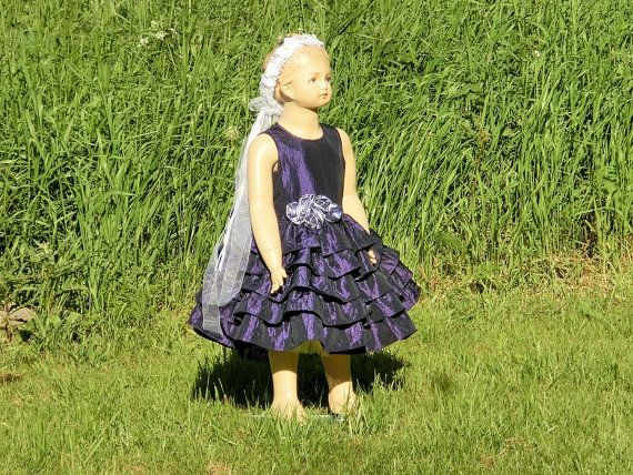 Plum flower girl dress. Purple flower girl by englaCharlottaShop