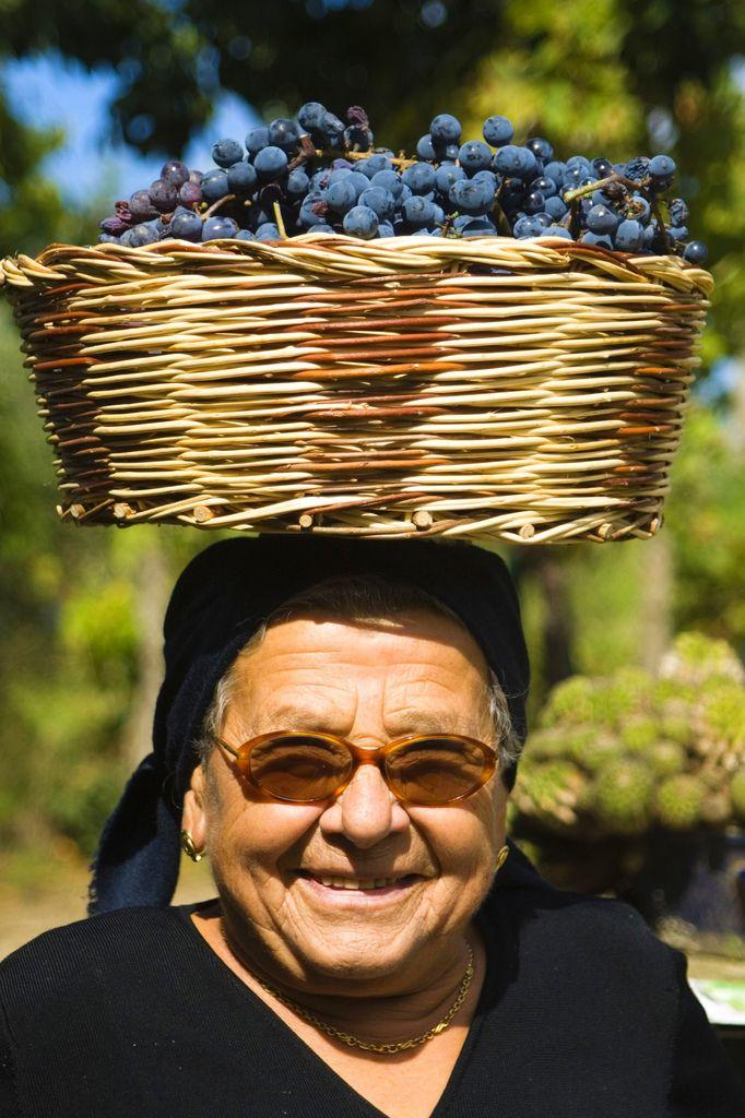 Calabria - sorriso zuccherino tempo di vendemmia #TuscanyAgriturismoGiratola