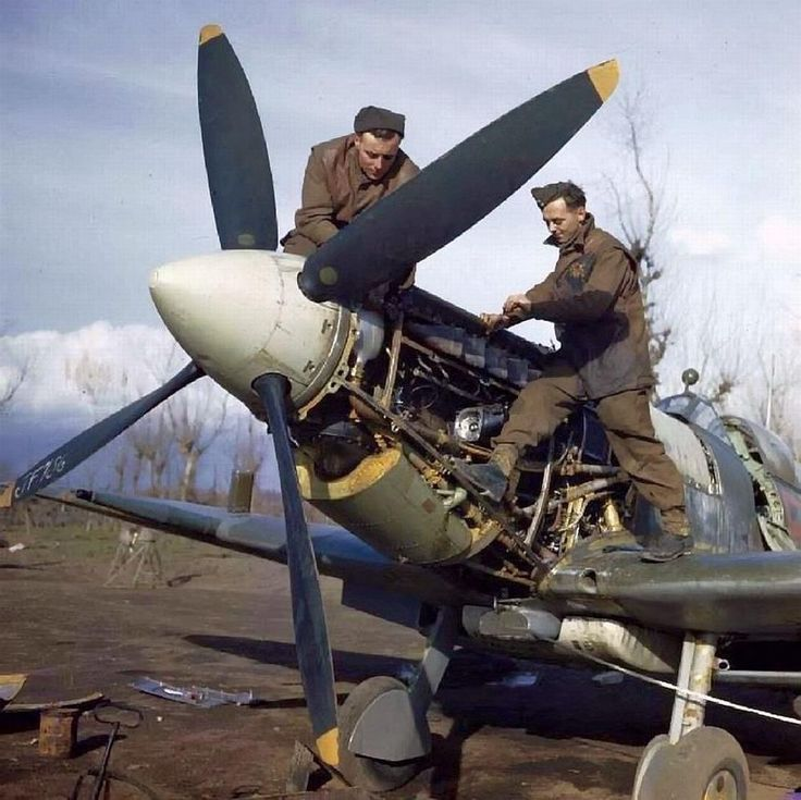 Colour picture of a spitfire being serviced in Italy, 1944. the legendary fighter of the battle of britain served nonstop throughout wwii and persisted in third country air forces for years after the end of the war.