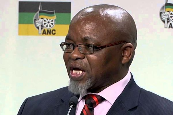 Speak out against Zuma and pay the price: Mantashe:  ANC secretary general Gwede Mantashe has warned that ANC members who speak out against president Jacob Zuma will 'pay the price'.