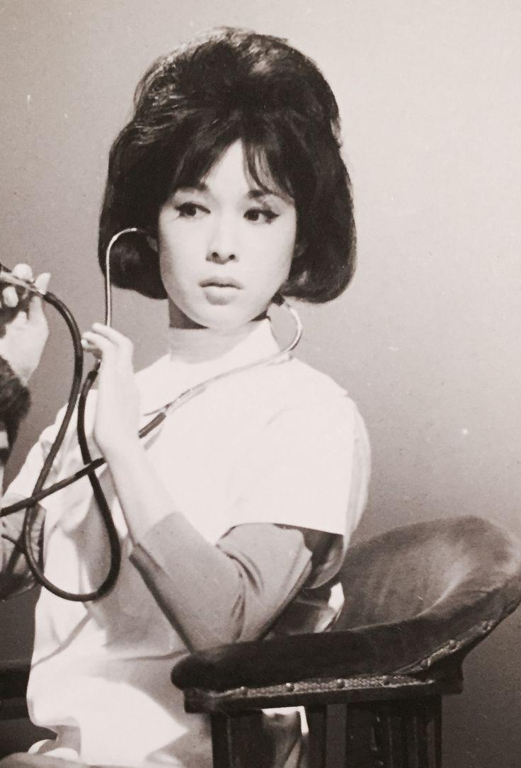 若尾文子 『温泉女医』Ayako Wakao
