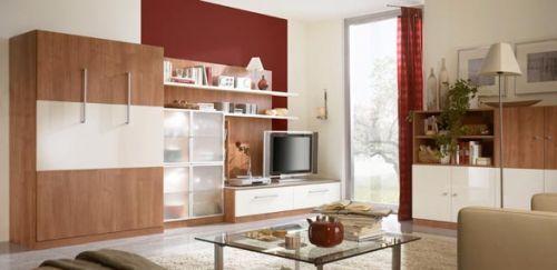 Mooie, moderne wand met heel veel verschillende kleurmogelijkheden.  Hier afgebeeld wit gecombineert met de warme kleur noce.  Dit meubel heeft een slaapmaat van 140 / 205 cm. Maar hij kan natuurlijk ook in een grotere of kleinere slaapmaat worden besteld.