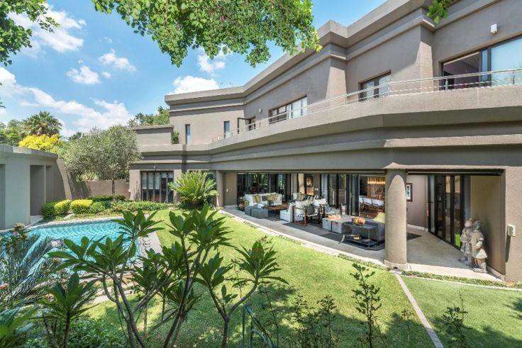 4 bedroom house for sale in Kyalami Estate - A majestic home with flawless design