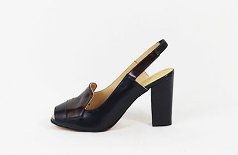 &Attorney Isa Heel in Navy + Dark Brown