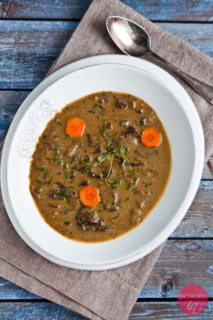 Klasyczna zupa grzybowa z suszonych grzybów - najlepsza!   http://dorota.in/zupa-grzybowa/  #food #przepis #kuchnia #zupa #zupy #grzyby #mushroom