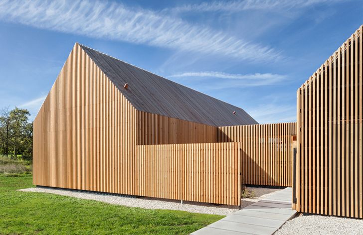 Timber Louvered House Maximizes Privacy And Light In Rural