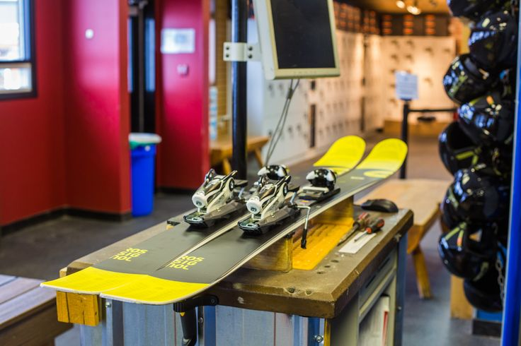 Rental Shop: Buying ski and snowboarding gear can be pricey. We have the latest range of gear perfect for learners, as well as high performance gear for experts wanting to get that extra bit of fun for ride down.