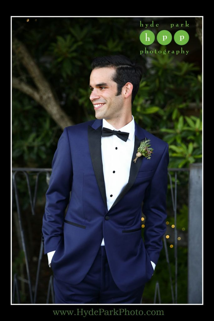 A 17 legjobb tlet a kvetkezrl wedding tux a pinteresten this fashionable groom wore a dark blue tux with black accents and a black bow tie junglespirit Image collections
