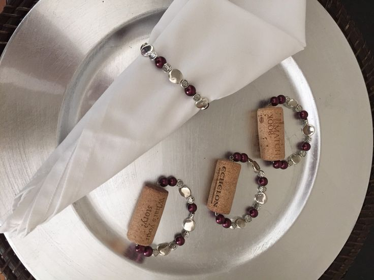 Wine cork napkin holder in silver beads and faux pearls, kitchen and dining room decor, choose your color pearls, great gift basket idea - pinned by pin4etsy.com