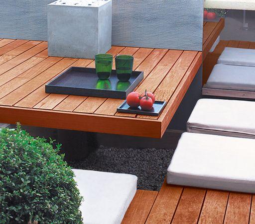 Le Saturateur Ultra Protect Aquaréthane® Syntilor protège tous les bois extérieurs en leur apportant une belle finition « bois huilés ». www.syntilor.com - Crédit photo : ©Studio Erick Saillet