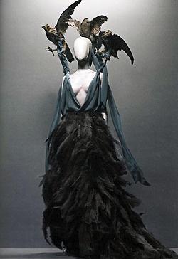 : Alexander Mcqueen, Real Life, The Artists, Halloween Costumes, Savages Beautiful, Alexandermcqueen, Dresses, Birds, Mcqueen Savages