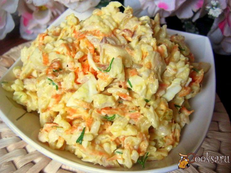 Теплый рыбный салат с рисом