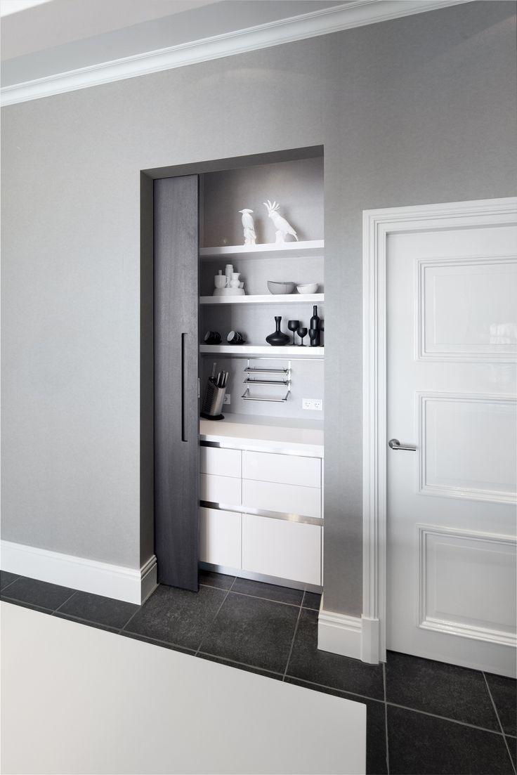 Idea for breakfast counter. Culimaat - High End Kitchens | Interiors | ITALIAANSE KEUKENS EN MAATKEUKENS - Cubic XL