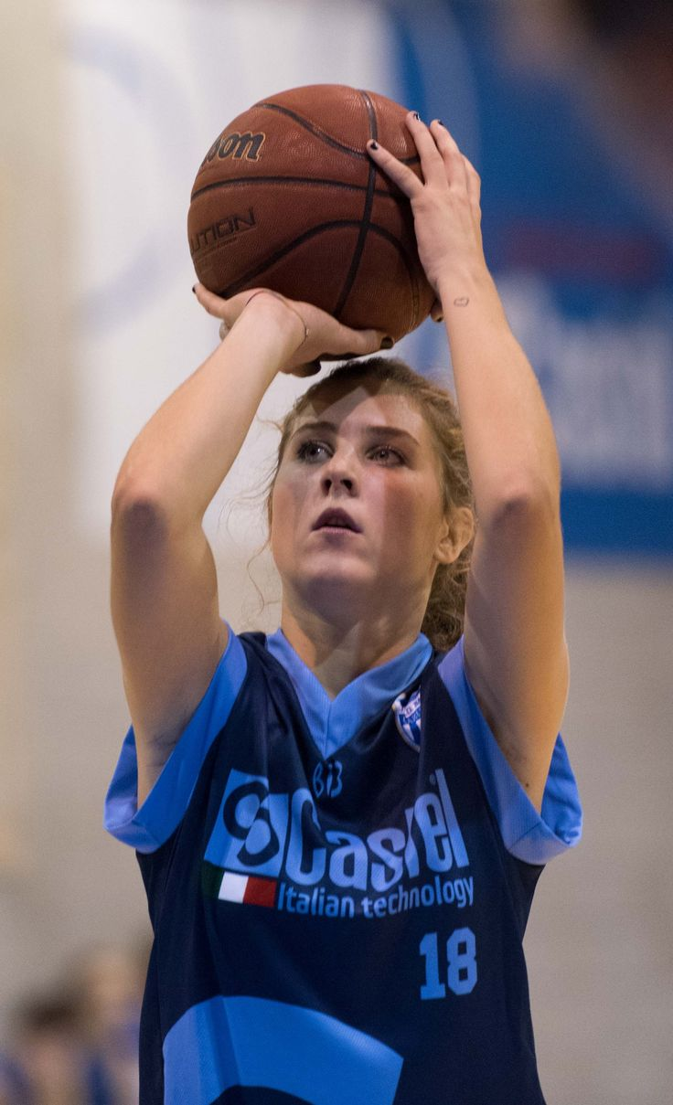 #Castel #Carugate #CastelRevolution #basketfemminile #sport #passione #femminile #A2 #sponsoring #Basket #Pessano #azione #atlete #roster2015 #OneTeamOneDream #WomenbasketballItaly #seriaA #Italia