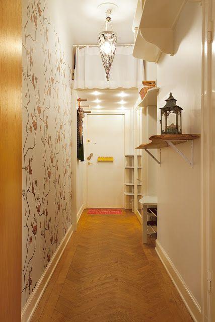 Eu Amo Artesanato Unicornio ~ ganhe mais espaço com prateleiras no alto para livros e um maleiro no fim do corredor que pode