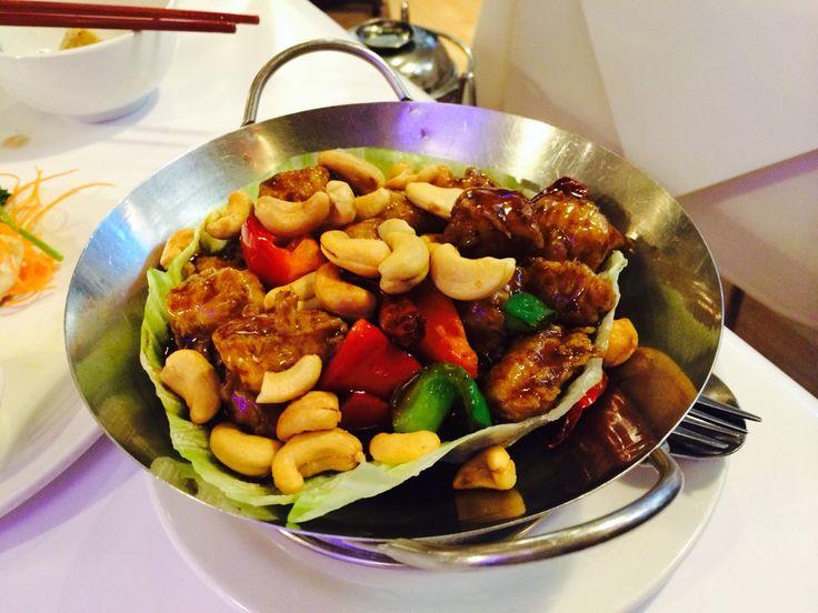 Veggie Hut // Vegetarian restaurant Melbourne