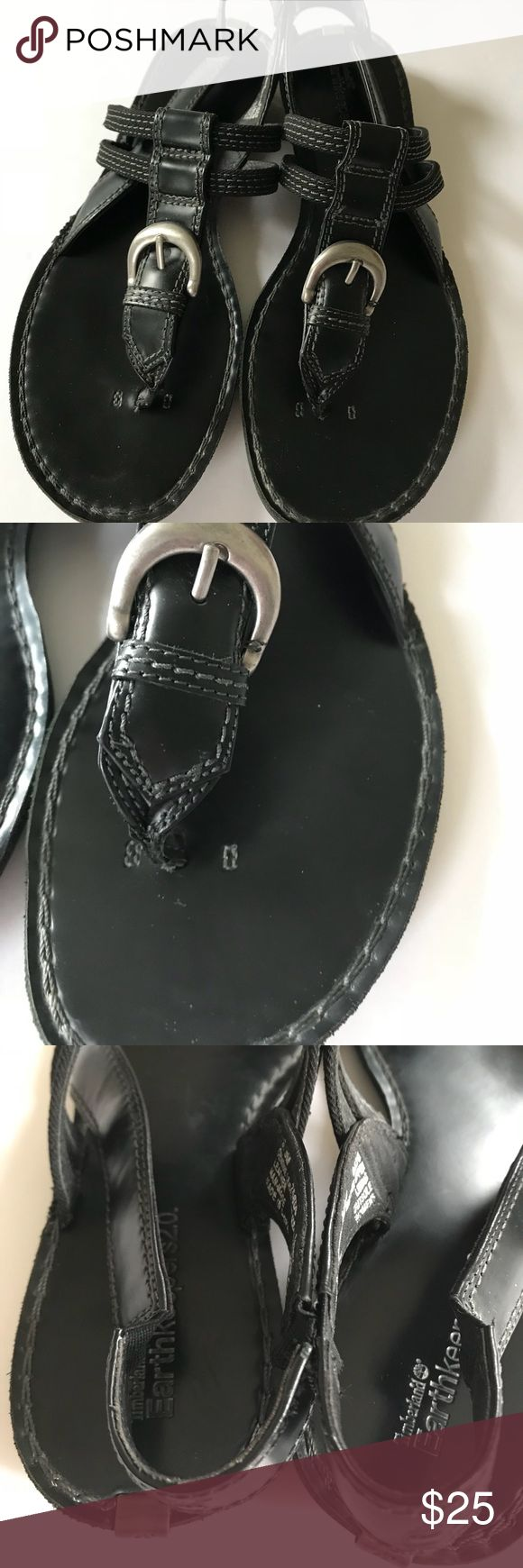 Timberland earthkeepers black leather sandals Timberland Earthkeepers Leather Thong Flat Sandals Black  Pre-Owned.  Some wear on Soles. Please look at photos. Genuine Leather and Man Made Upper Leather Lining Man Made Outsole US Size 8.5 Timberland Shoes Sandals