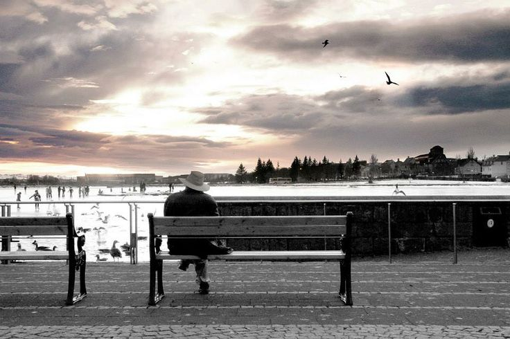 Picture taken in the center of Reykjavik #photography #lonelyman #Iceland