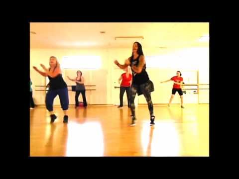 Zumba®/Dance Fitness- Baila Salsa Mix - YouTube