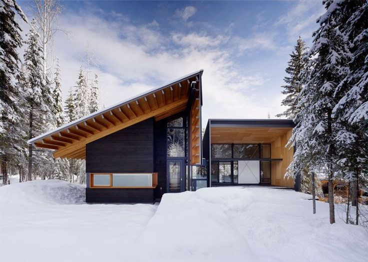 Located at the Kicking Horse Mountain Ski Resort in Golden, BC, Canada this 3500sqft reinterpretation of a mountain lodge was created by Bohlin Cywinski Jackson to reflect the Nordic...