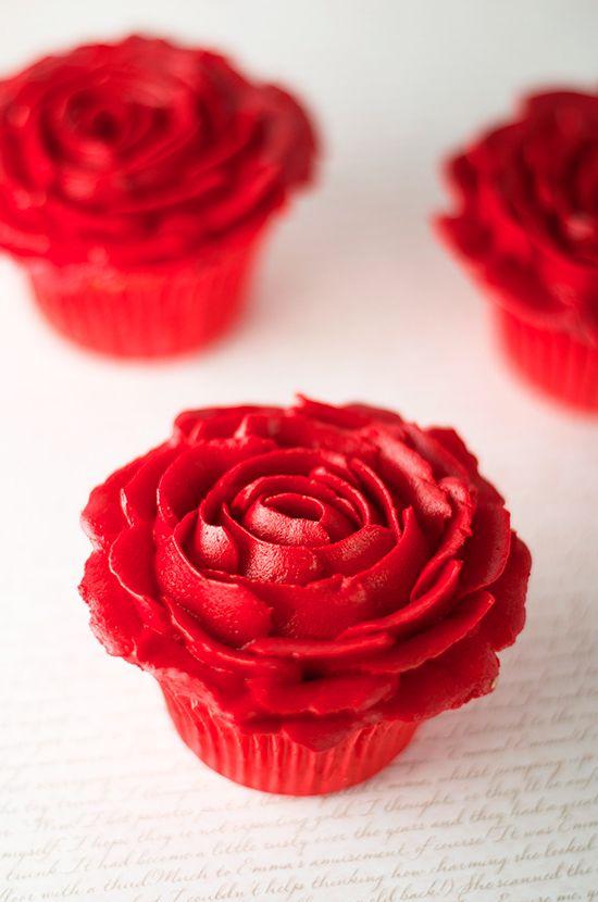 Cupcakes de chocolate doble para Sant Jordi