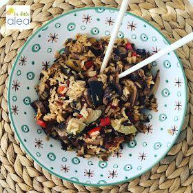 ¿Te apetece un buen plato de arroz salvaje con setas, pollo y salsa de soja? Te chuparás los dedos con esta receta mediterránea y ligera.