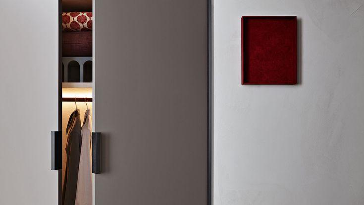 Gliss Master By Molteni | Hub Furniture Lighting Living