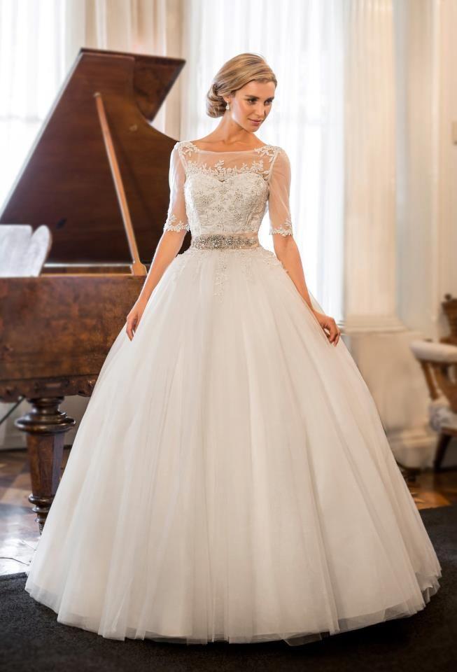 104 best Designer wedding dresses images on Pinterest | Wedding ...