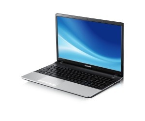 "Samsung Series 3 NP300E5C Core i3 15.6"" HD Notebook"
