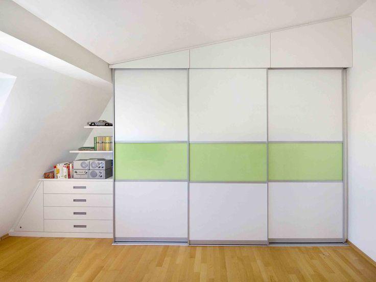 Die besten 25+ Mansarde Schlafzimmer Stauraum Ideen auf Pinterest - kleiderschrank schiebeturen stauraumwunder