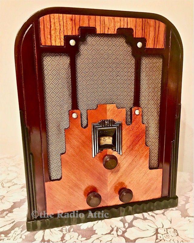 Crosley New Fiver Tombstone 1935 Oldtimeradioadventure Antique Radio Vintage Radio Diy Interior Decor