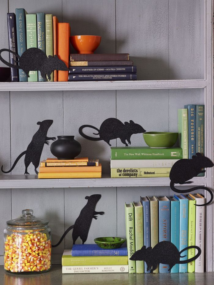 15 Halloween Decoration Ideas For Your Halloween Party **Bloggers - halloween desk decorations