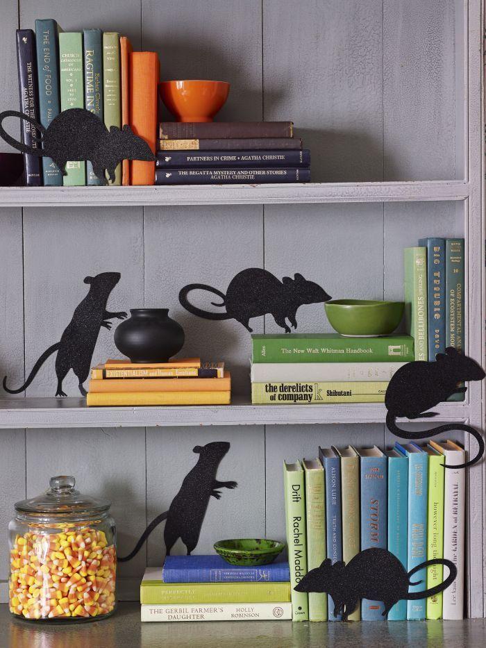 15 Halloween Decoration Ideas For Your Halloween Party **Bloggers - pinterest halloween decor ideas