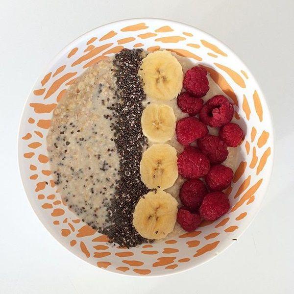 Parece que desayunar avena  es lo más saludable del mundo. Pero una amiga mía la compró y me dijo que estaba malísima, que era muy sosa y q...