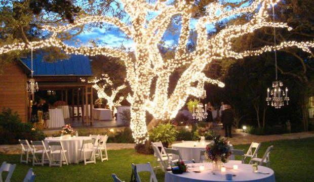 arreglos-para-bodas-al-aire-libre-de-noche-3  ¿Desearías tener la mejor decoración para bodas de noche?  La boda es de lejos uno de los días más importante para cualquier pareja, un día qu...