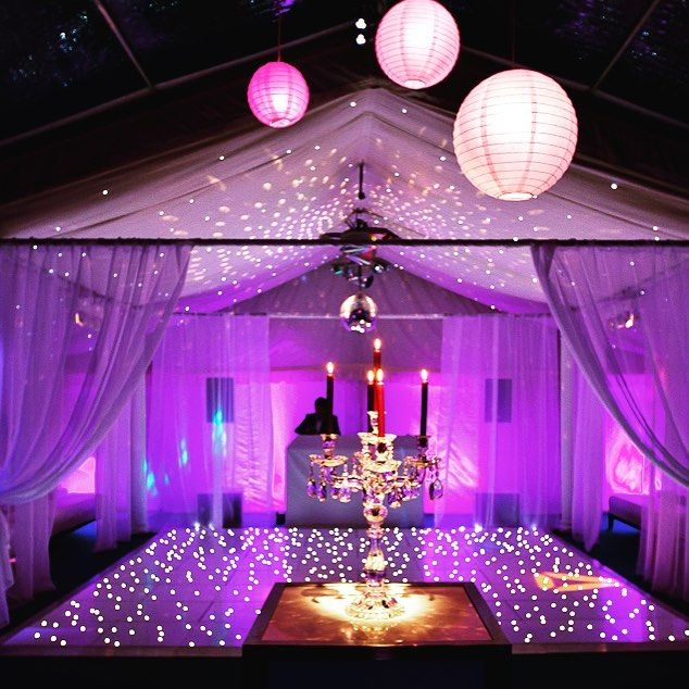 A wonderful atmosphere created by my lighting designer for Martha and her 18th birthday.