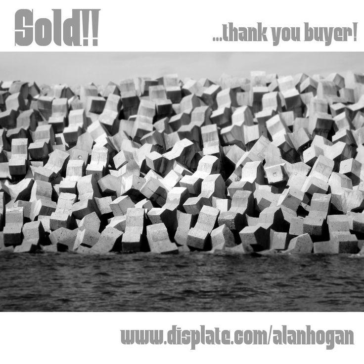 Sold!! 😃 ..big thanks to the recent buyer of my 'Blockade' metal print from @displate #photography #displate #metalprints #instasale #instapic #photo #kuva #bild #instaphoto #blockade #barrier #blackandwhite #concrete #wall #art #instaart #artist #artistsofinstagram #nagohnala #instalike #instalikes #konst #taide #arte #kunst #konstnär #artcollection #artcollectors #gallery #instaartist