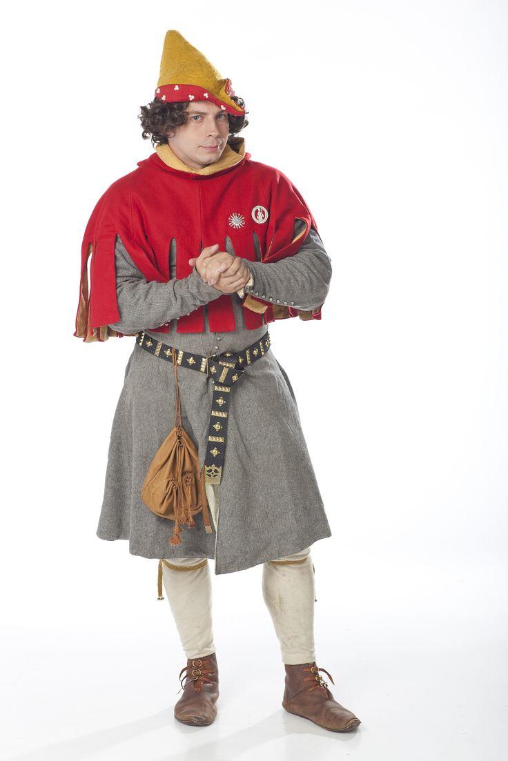 14th century fashion. Circa 1370. Courtier. www.ladymalina.com