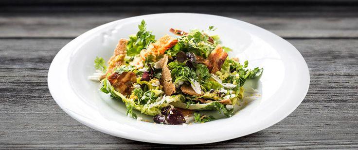 Cæsarsalat med egg og bacon | Oppskrift på Lises blogg