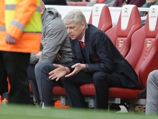 Arsene Wenger: 'It would be inconvenient for me to discuss my Arsenal future'
