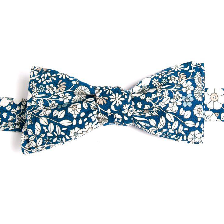 Noeud papillon Liberty June Meadow Cobalt Le Colonel Moutarde Cobalt Blue June's Meadow Liberty Bow Tie