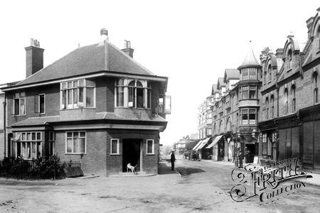 Chertsey Road 1898, Woking
