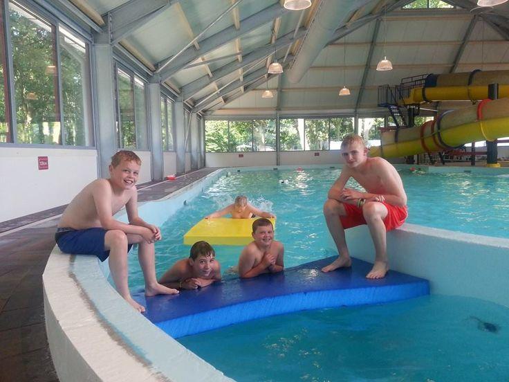 Overdekt binnen & buitenzwembad Poelsnip op camping Wedderbergen.