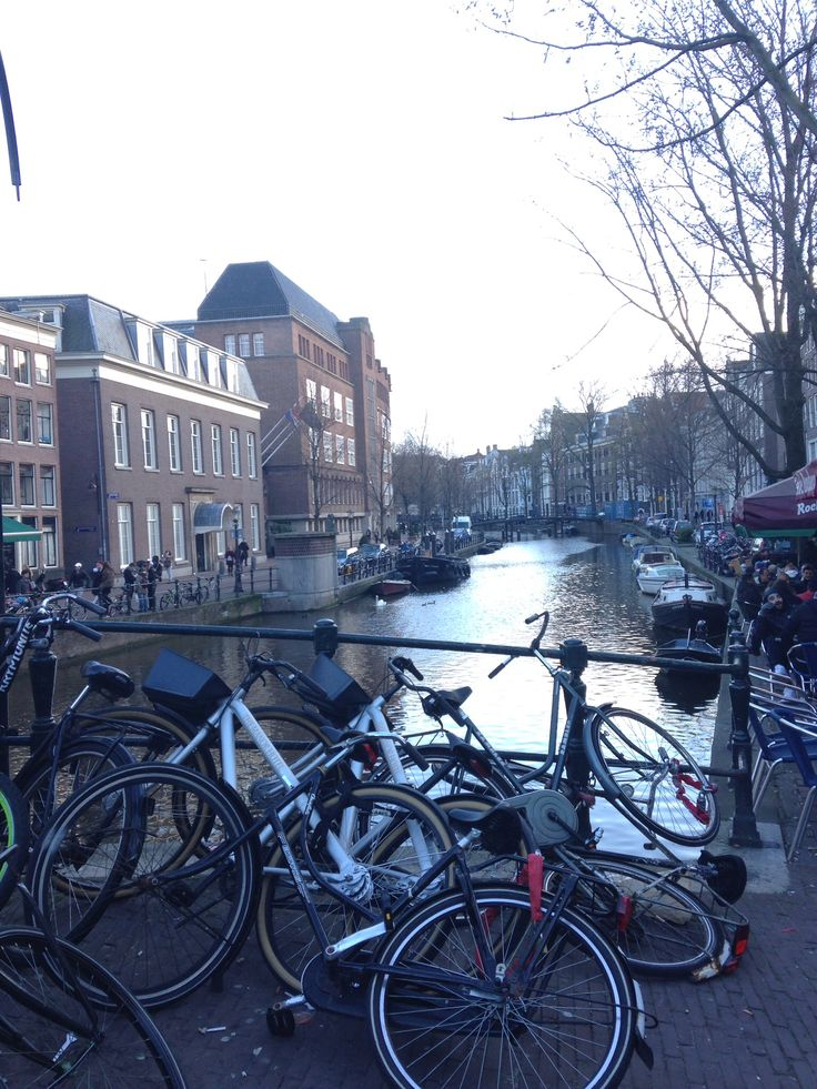 Amsterdam - kanaler - cykler